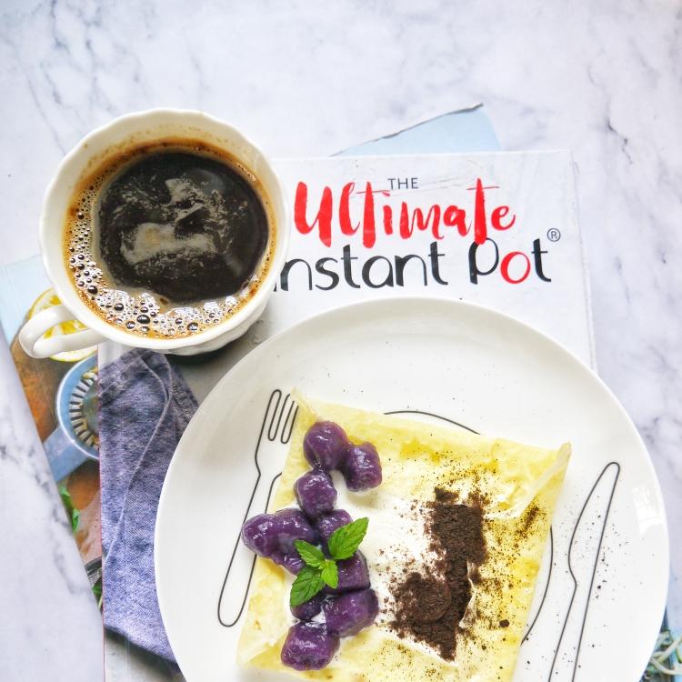 早安~~黑咖啡+芋圆奥利奥可丽饼~~