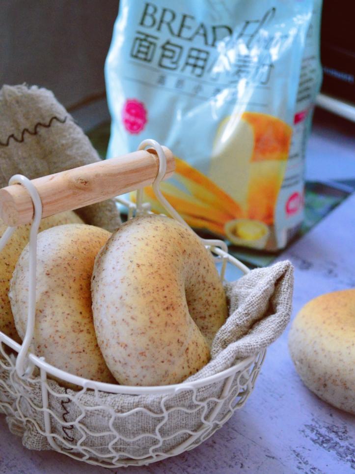只需一次发酵的全麦贝果小面包,低糖低油