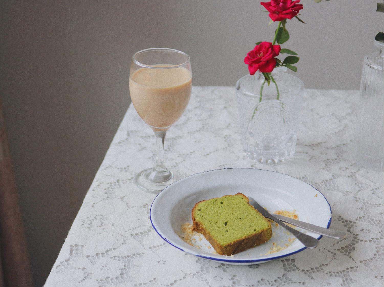 今日早餐🥣抹茶磅蛋糕+拿铁☕️