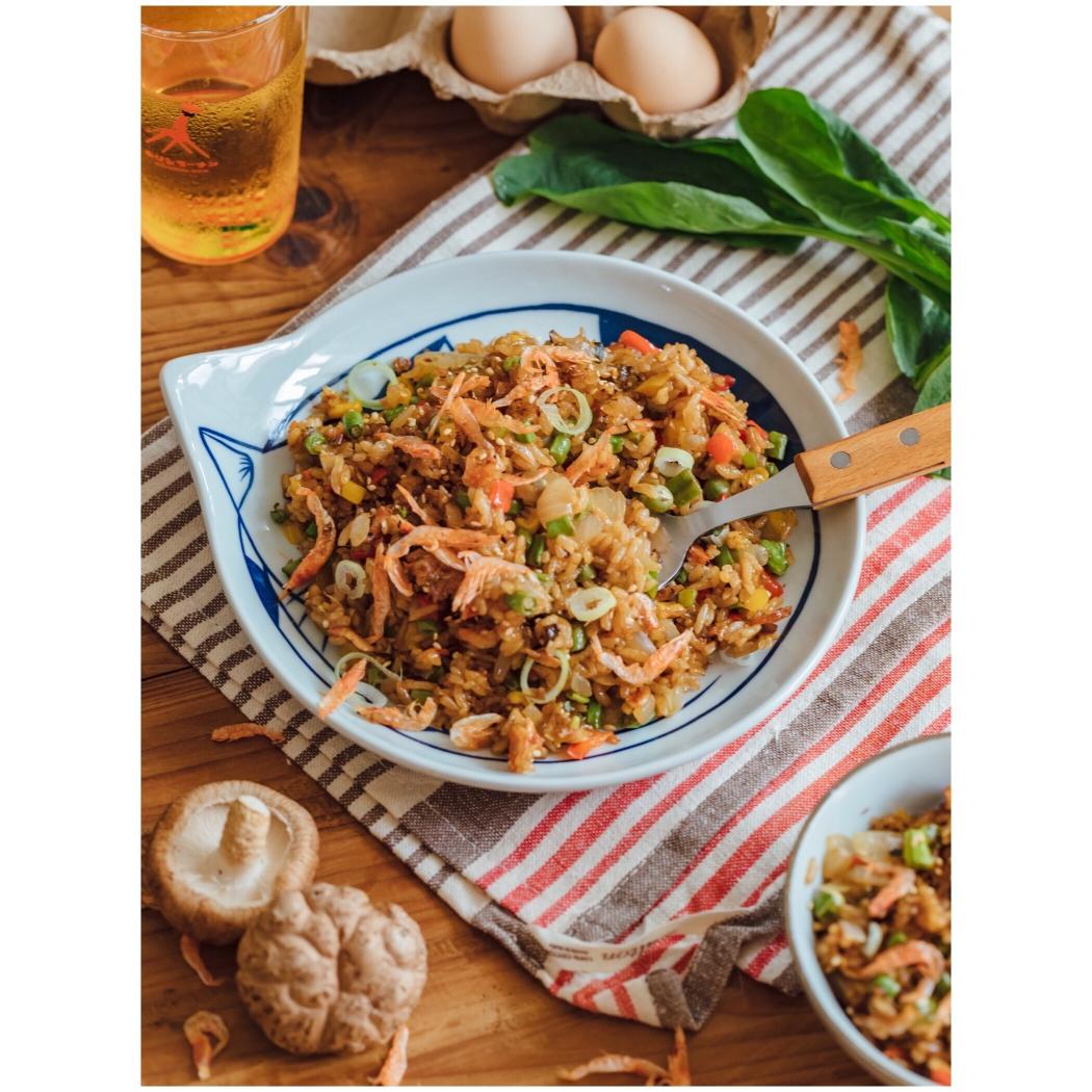 炒飯的100種做法,櫻花蝦醬油炒飯李